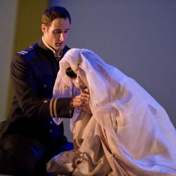 James Valenti as Pinkerton and Christine Opolais as Butterfly